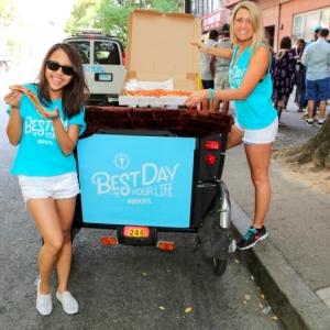 BDOYL Street Team Deliver Joe's Pizza_Photo Credit Thrillist