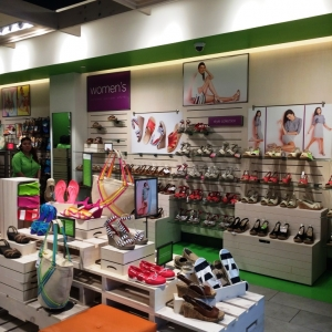 Crocs 34th Flagship by Yvonne Lee (18)
