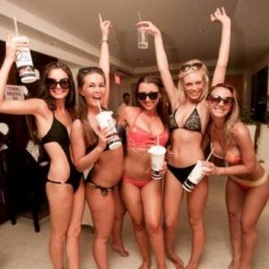Drai's Beach Club FB (5)