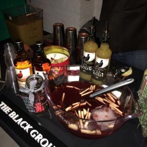Holiday Spirits Bazaar with the Dizzy Fizz (20)