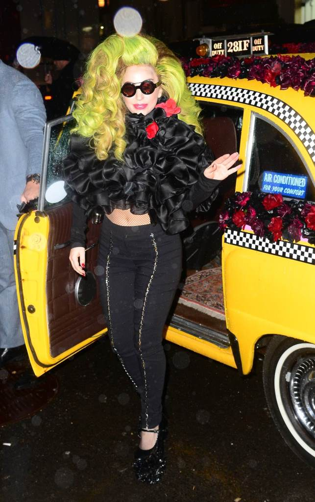 Lady Gaga-Leka-Last Roseland-1