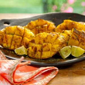 QF0209_Grilled-Mango-with-Lime-Salt-and-Ancho-Powder-Recipe_s4x3_lg