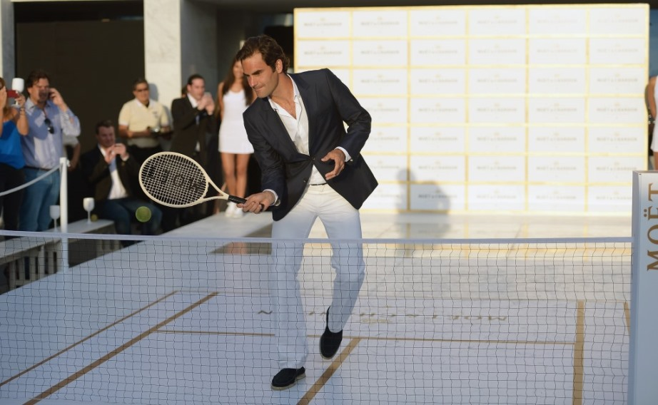 Tiny Tennis with Roger Federer (3)